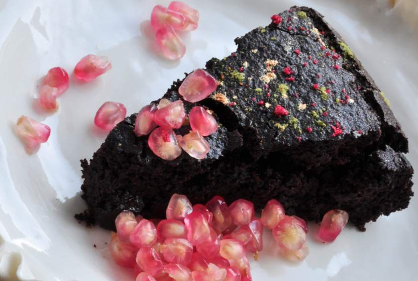 Sticky_chocolate_cake_with_chestnut_flour_4