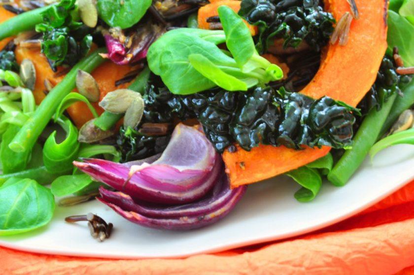 The_new_green_salad_salade_met_wilde_rijst_en_geroosterde_pompoen_3