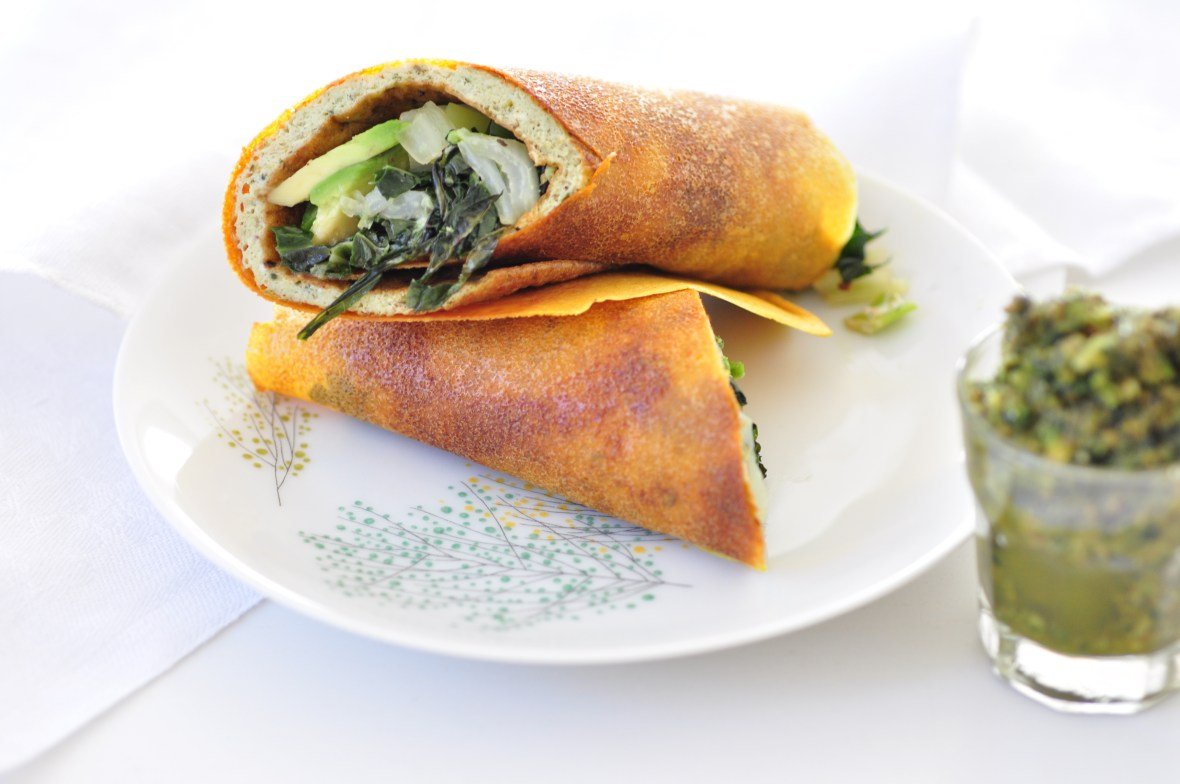 Wrap with cabbage and egg