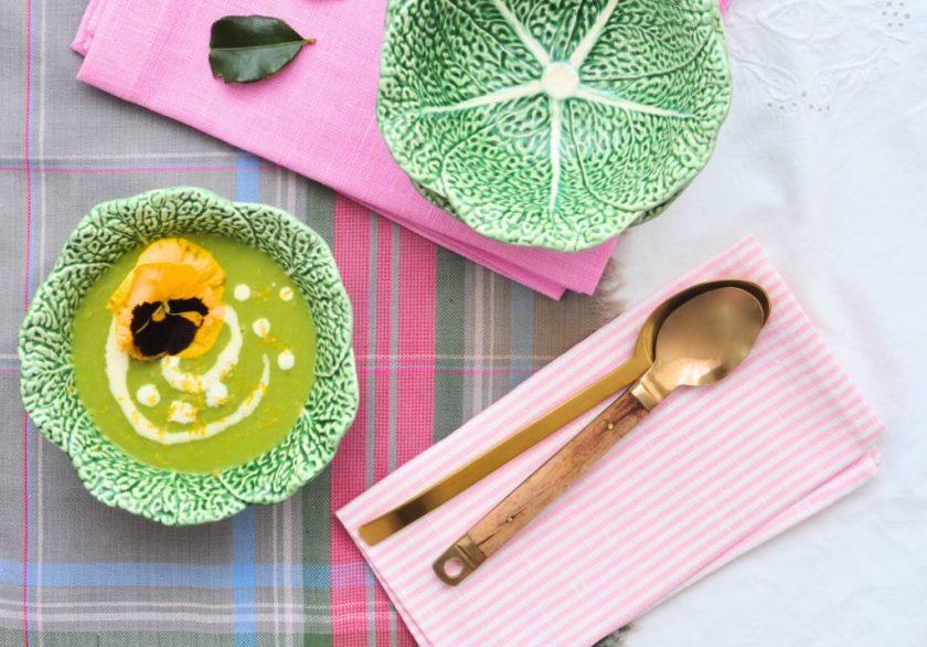 Somrig_grön_ärtsoppa_med_citron