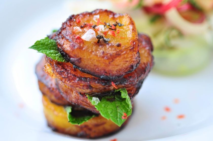 Crispy_plantain_with_fresh_rhubarb_salad_3