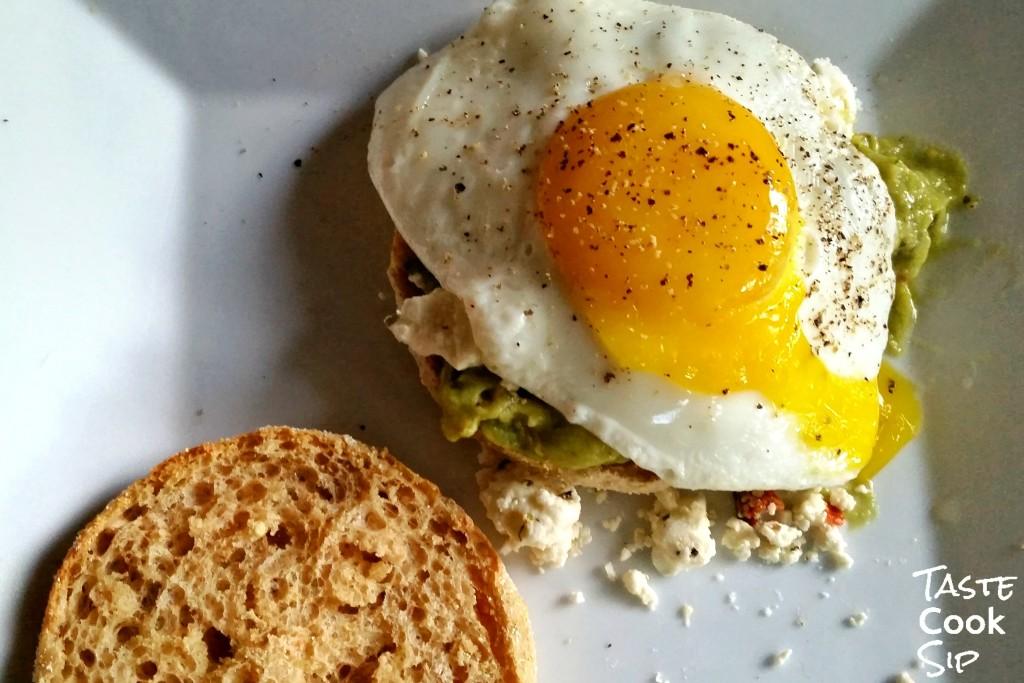 Nest Fresh Egg Sunny Side Taste Cook Sip