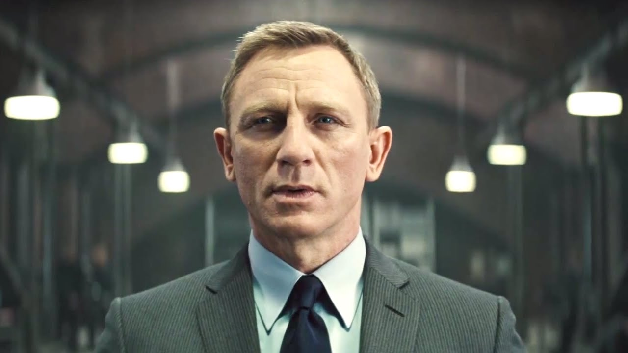 """7 Reasons Why """"Skyfall"""" is The Best James Bond Movie Ever   Taste Of Cinema  - Movie Reviews and Classic Movie Lists"""