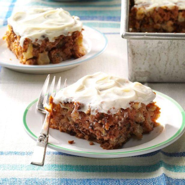 Gran's Apple Cake