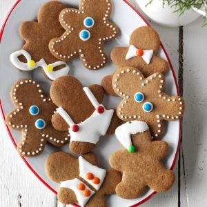 Essential Christmas Cookies You Need in Your Recipe Box