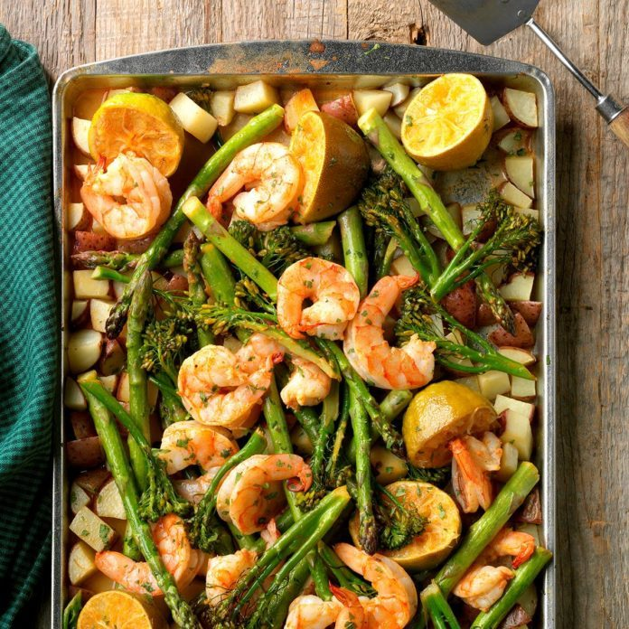 Sheet-Pan Chipotle-Lime Shrimp Bake #sheetpandinners #fish #easydinners