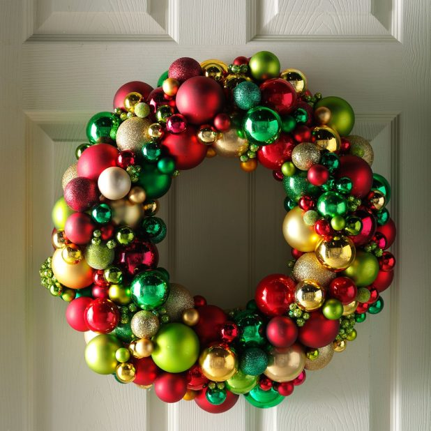 Ball Ornament Wreath