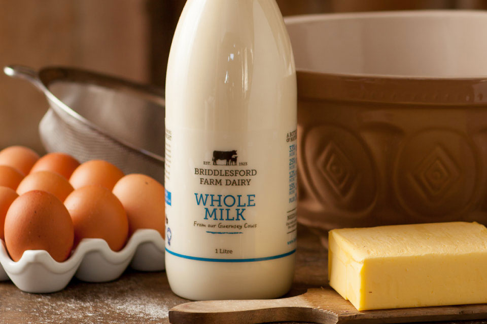 As-it_s-unhomogenised,-Briddlesford-milk-has-a-layer-of-cream-at-the-top-