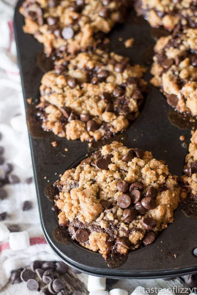chocolate-zucchini-smore-muffins