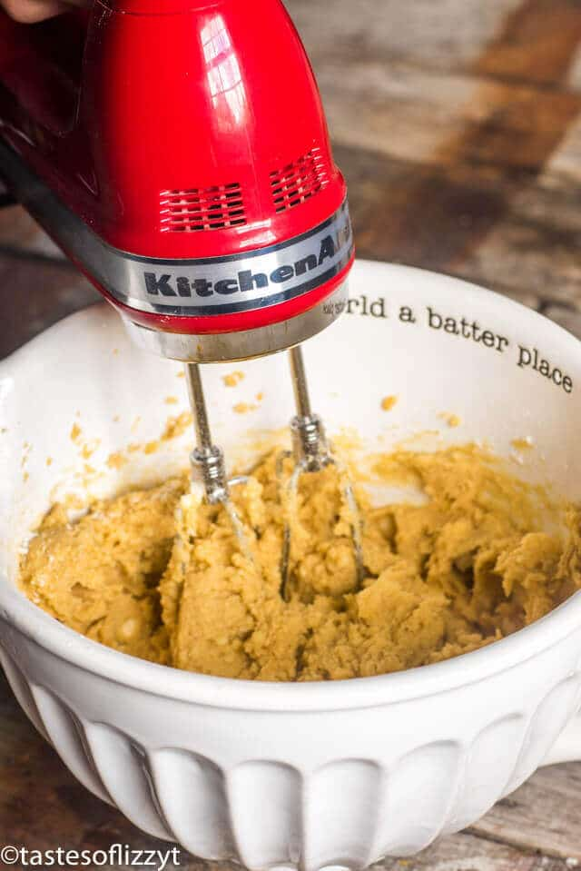 kitchenaid 7 speed hand mixer for easy cookie making