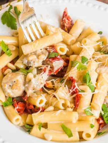 Creamy From Scratch Alfredo Sauce with Chicken