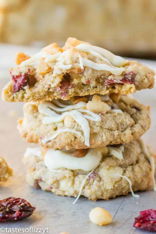 Easy oatmeal cookies with craisins