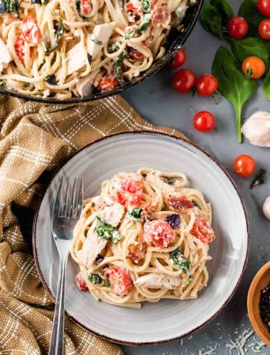 pasta with chicken and tomatoes