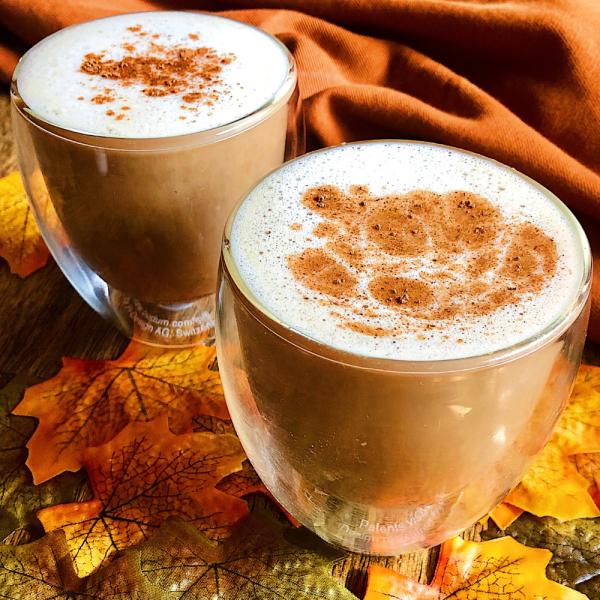 Healthy Vegan Pumpkin Spice Latte