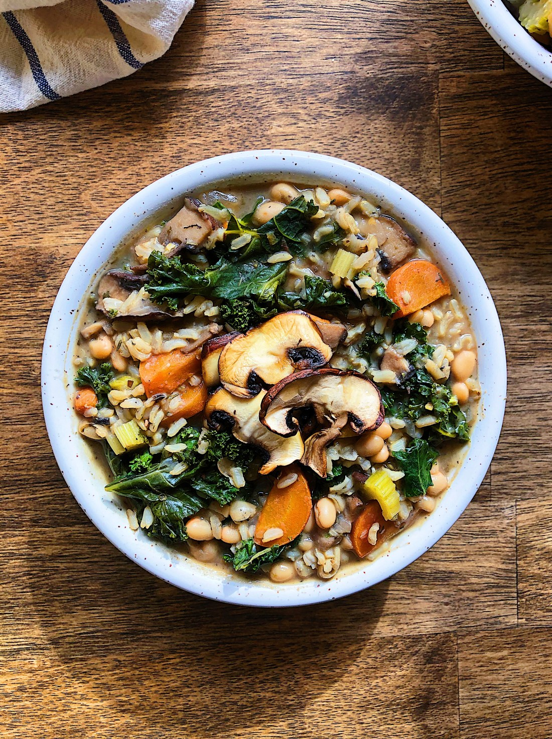 Easy Vegan Mushroom and Rice Soup