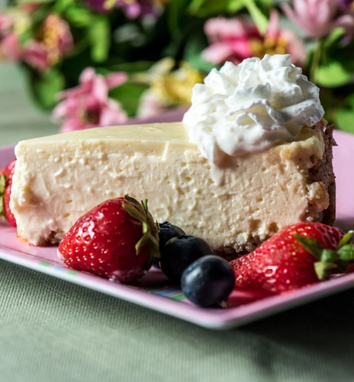 Closeup low carb cheesecake with berries