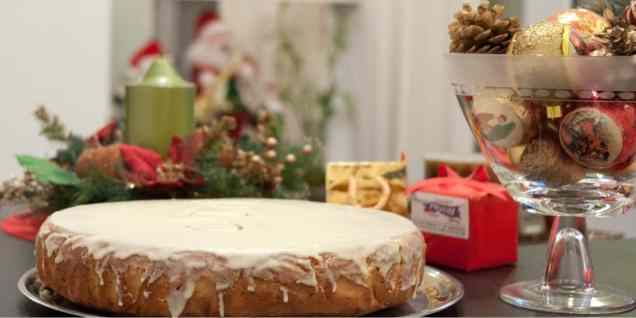 Συνταγή για Βασιλόπιτα κέικ (Πρωτοχρονιάτικη βασιλόπιτα με γλάσο)