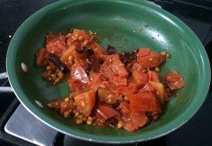 IMG_7268-300x207 Tomato chana dal chutney (tomato kadala parupu chutney)