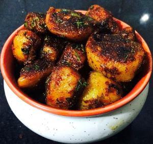 WhatsApp-Image-2016-11-16-at-8.25.56-AM-300x282 Spicy Chili Garlic Potato