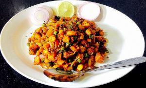 IMG_9391-300x182 Indian Panzanella salad/Bread upma