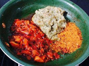 IMG_9463-300x223 Roasted Brinjal Chutney/ Eggplant Tomato Chutney or spread