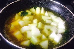 IMG_9665-300x198 White pumpkin in Yogurt based Gravy/ Nellai More Kozhambu/ Laukhee Dahi Sabzi