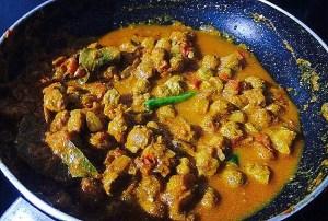 IMG_0572-300x202 Creamy Soya Chunk Curry