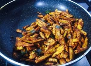 IMG_1933-300x218 Stir Fried Colocasia/Arbi Fry/Cheppankilanku Vadhakkal