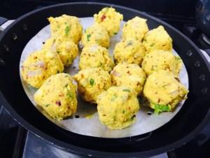 IMG_2631-300x225 Steamed Lentil Balls in Gravy/Paruppu Urundai Kolambu