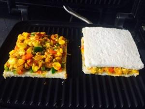 IMG_4091-300x225 Sweet Corn Paneer Sandwich/Cottage Cheese Sandwich with Sweet Corn