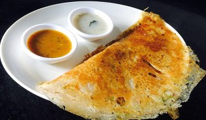 IMG_4527-300x176 Crispy Whole Wheat Flour Dosa/Godhumai Dosa