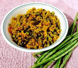 IMG_4534-300x261 Stir Fried Long Beans/Karamani Poriyal