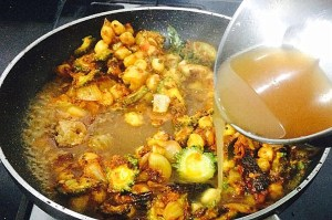 IMG_4709-300x199 Chick Pea Bitter Gourd Curry/Chana Karela Curry