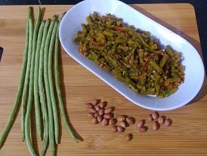 IMG_7066-300x226 Yard Long Bean with Peanut Curry/Chowli ki Subzi