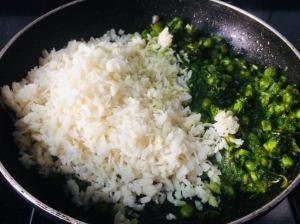 LYFK9121-300x224 Hariyali Poha (Flattened Rice with Cilantro Chutney)