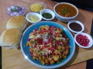 KHVQ7259-300x223 Chole Dhabal