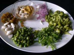 KLBV8268-300x223 Creamy Almond Broccoli Salad