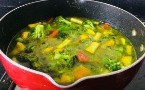 NNJK6227-300x186 Thai Green Curry