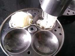 IUCV0717-300x223 Make Idiyappam/String Hoppers at home