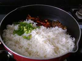 JIKM2223-300x223 Burnt Chilli Rice