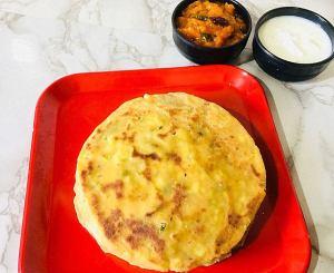 DZAF6612-300x245 Stuffed Paneer Paratha / Cottage Cheese Paratha