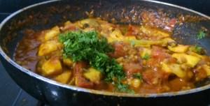 GSVJ6930-300x152 Easy Peasy Guava Tomato Curry/Amrood Ki Sabzi