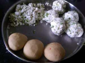 SNIN6689-300x223 Stuffed Paneer Paratha / Cottage Cheese Paratha