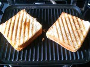 KNTI3873-300x223 Roti/Chapati Cutlet