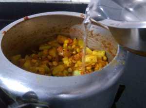 QUQZ9517-300x223 Bottle Gourd Lentil Curry/Lauki Channa Dal Ki Subzi