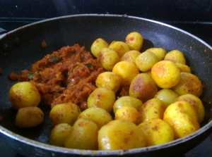 CCPZ7662-300x223 Masala Baby Potato
