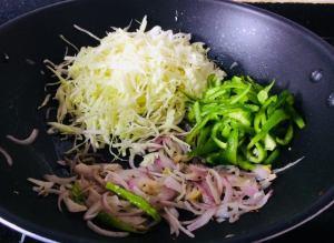 CNRB4844-300x219 Cabbage and Capsicum Stir Fry