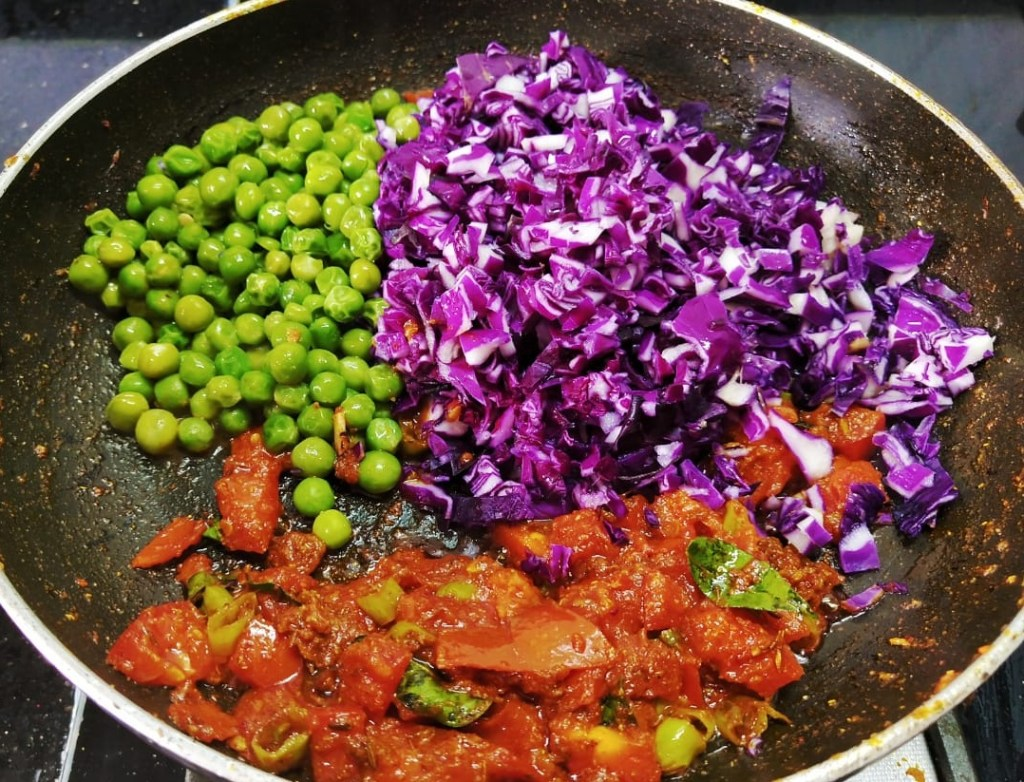 NFPR9871-1024x782 Purple Cabbage and Green Peas Curry