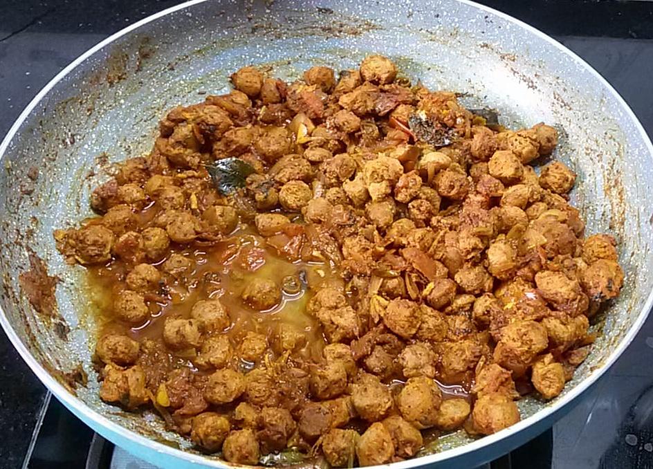 NVNT0395 Soya Chunks Dry Masala/ Meal Maker Dry Masala