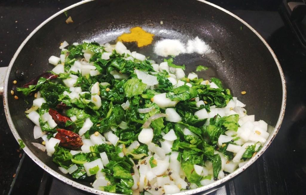 QKCZ7104-1024x652 Easy Radish Stir fry with Radish Green/ Dry Mooli Ki Subzi/ Mullangi Keerai Pasi Paruppu Poriyal